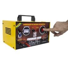 Usado - carregador de baterias 25a - charger 250e - v8 brasil